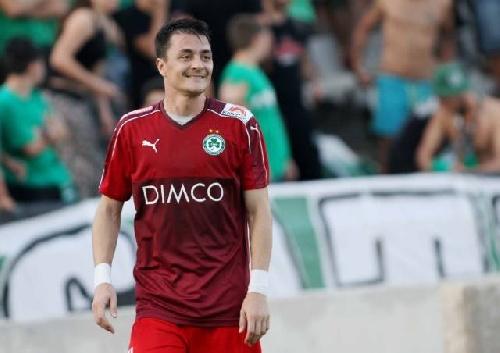 Fútbol Chipriota - Leo González presente en el amistoso en el que Omonia empató ante Lech Poznan II.