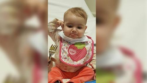 Le sacaron la sonda a Lola, la beba bahiense que recibió un corazón hace casi dos semanas