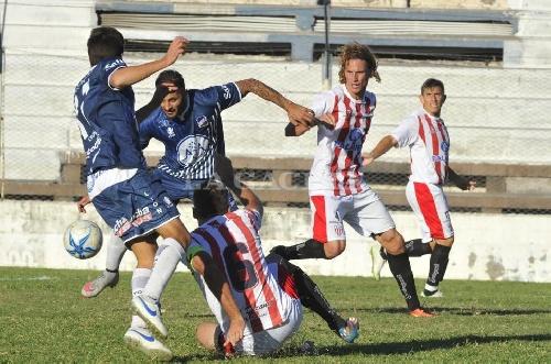 Federal A - Antoniana con Marcos Litre no levanta su nivel y sufre una nueva derrota.