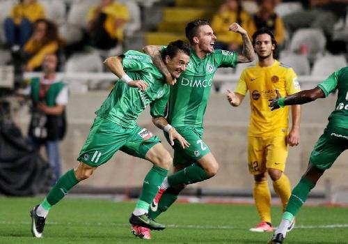 """Futbol Chipriota - Con una esplendida """"palomita"""", Leandro González anotó el único gol en la victoria del Omonia."""