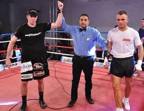 Boxeo - Categoría Mediano - Guido Pitto superó a Abel Adriel en pelea televisada.