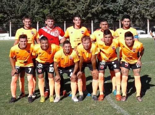 Liga Cultural Pampeana - Empate de Deportivo Rivera ante Unión Vertíz - Salvi ingresó en el complemento.