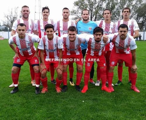 LRF - Unión Pigüé venció a Sarmiento y clasificó para play offs. Peñarol empató y quedó 2°.
