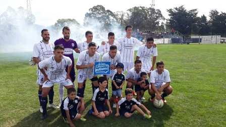 LRF - Sarmiento venció a Deportivo Sarmiento y mantuvo el uno en la Zona B.
