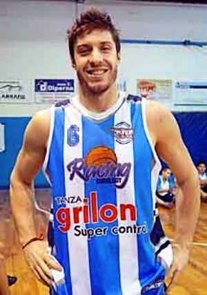 Liga Argentina - Erbel De Pietro anotó 15 puntos en Olavarría.