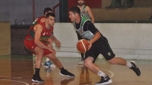 Basquet Bahiense - Estrella venció a Bahiense agonicamente y se pone 1-2 en la serie - Villa Mitre ganó y es 1° finalista.