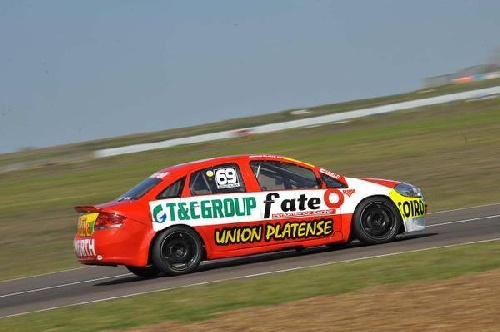 TN - Jonathan Castellano en Clase 3 y Nicolás Posco en Clase 2. Alaux con bajo rendimiento de su motor finalizó 24°.