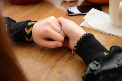 Grooming: Una madre bahiense relata cómo salvó su hija de un abusador que reclutaba menores en internet