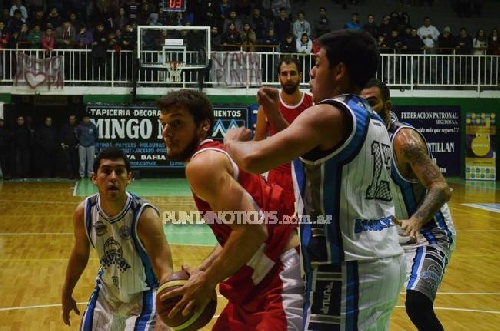 Torneo Provincial de Basquet - Derrota de Chivilcoy ante Punta Alta - Di Pietro goleador del cotejo.