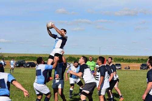 Rugby - Oficial de Desarrollo - Sarmiento cayó en Punta Alta.