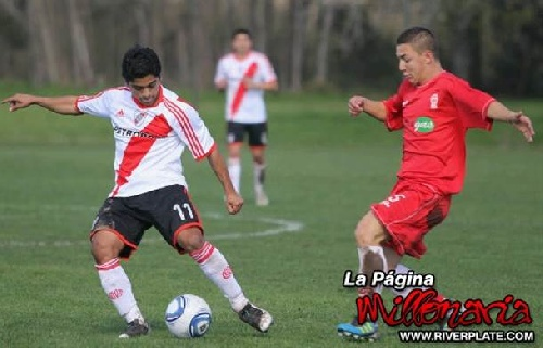 Franco Iberra de pasado riverplatense podría ser incorporado por Deportivo Argentino.