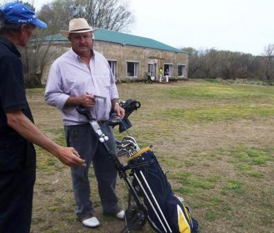 Golf - Horacio Meder y F Bozbranny ganadores en el Golf local.