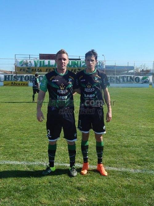 Liga del Sur - Villa Mitre y Liniers empataron en dos. Presencias pigüenses en cancha.