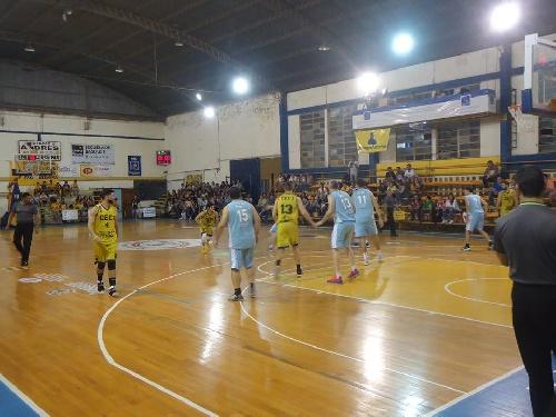 Basquet Santa Fe - 8 puntos de Biscaychipy en Ceci BC para empatar la serie en play off.