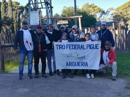 Arquería - Participación de tiradores locales en Coronel Suárez.