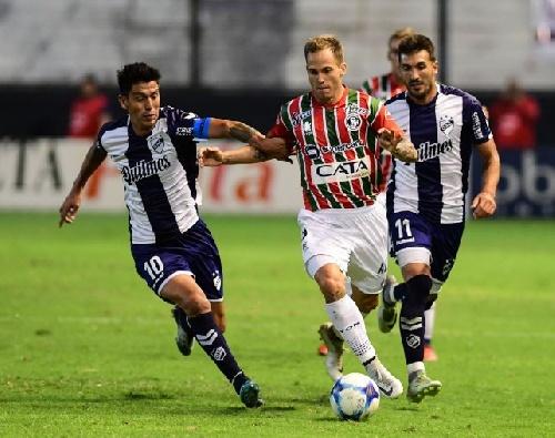 Nacional B - Quilmes con Leo González cayó como local ante la Lepra mendocina y se hunde en el descenso.