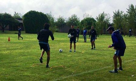 Nacional B - Leo González con Temperley entrena pensando en Olimpo.