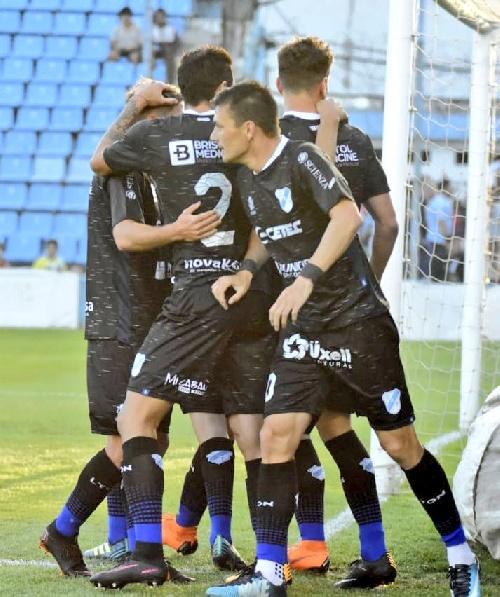 Nacional B - Con un gol de Leo González, Temperley suma una nueva victoria.