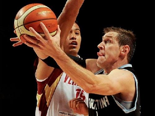 Basquet FIBA - Los albicelestes le ganaron a Venezuela y quedaron primeros