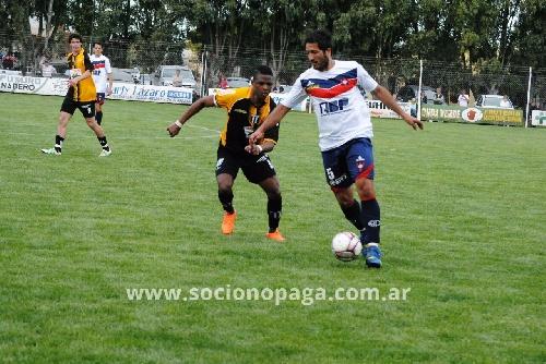 LRF - Peñarol recibe a Blanco y Negro y el Depor a El Progreso.
