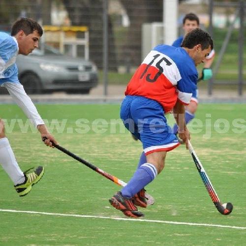 Hockey Masculino - Con gol de Andres Vallejos, el Cef 83 empató con Villa Mitre.