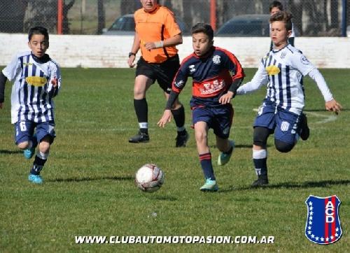 LRF - Inferiores - Goleada de Club Sarmiento en 5ta y derrotas en 6ta, 7ma y 8va en Tornquist.