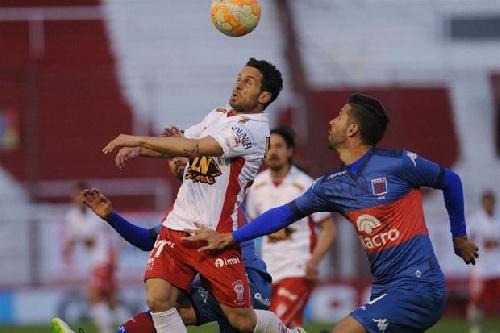 Copa Sudamericana - Huracán batió a Tigre y sigue adelante en la Copa.