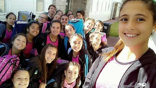 Hockey Femenino - El Sub 16 de la Asociación está participando en un torneo provincial en Junín.