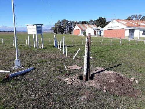 Reparan daños al Campo de observación de la Estación local del Servicio Meteorológico