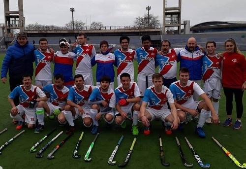 Hockey Masculino - Una derrota y una victoria para el Cef 83 en el Regional de Mar del Plata.