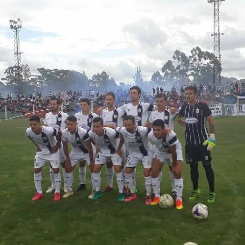 LRF - Sarmiento ganó en su reducto y se mantiene puntero de la Zona B con puntaje ideal.