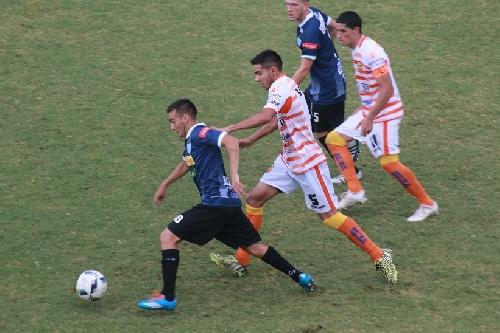 Nacional B - Juventud Unida de Gualeguaychú cerró el año con otra victoria - Martín Prost titular.
