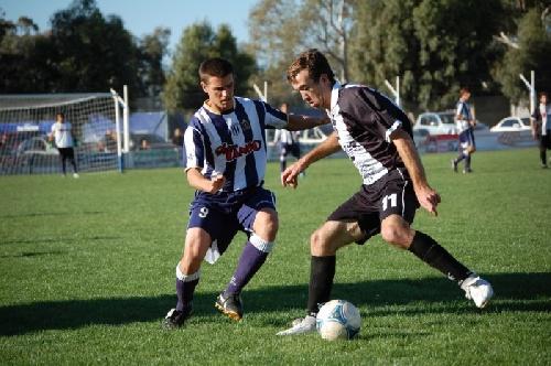 LRF - Sarmiento y Peñarol juegan recibiendo a Blanco y Negro y Deportivo Sarmiento en los 4° de final.