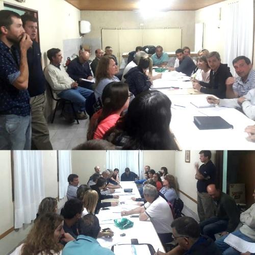 Notararigo de reunión con vecinos e instituciones de las localidades