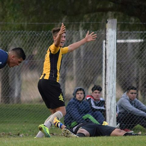Nacional B - Valentín Otondo con Olimpo entrena en Teléfonos.