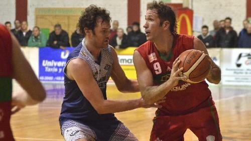 Basquet Bahiense - En infartante partido Alem eliminó a Estudiantes - 8 puntos para Martín Cleppe en el albo.