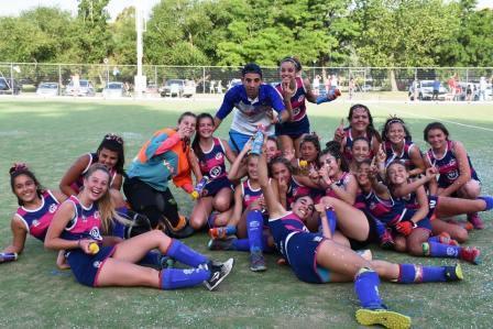 Hockey Femenino - Valiosa victoria del Cef 83 Sub 14 ante Independiente en Puán.