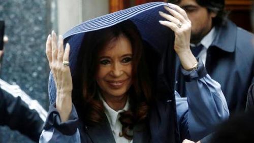 """La ex presidente CFK no declaró, presentó un escrito y luego se """"victimizó"""""""