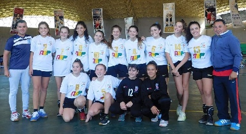 Handball Femenino - Embalse - El seleccionado regional mantiene la categoría C.