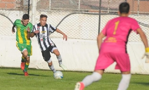 Liga del Sur - Victorias de Liniers con Facundo Lagrimal y de Huracán con Eric Verón.