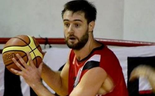 Basquet Federal - El pigüense David Fric es nuevo refuerzo de Sportivo Escobar.