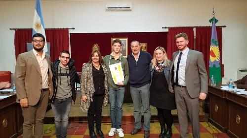 HCD: declaran de Interés Municipal Cultural y Educativo la trayectoria deportiva de patín artistico de  Leonel Salas Kent.