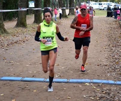 Atletismo - Yani Clair  1ra. en la general de 10k Pellegrini.