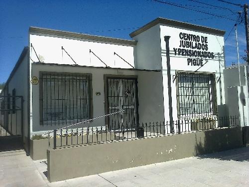 CENTRO DE JUBILADOS PIGUE: BAILE Y PLAN PRO BIENESTAR