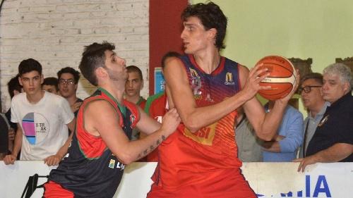 Basquet Bahiense - Con 9 tantos de Silva, Bahiense se convierte en finalista del torneo.