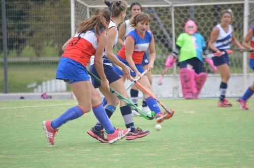 Hockey Femenino - Amplia actividad este fin de semana en el Parque Municipal.