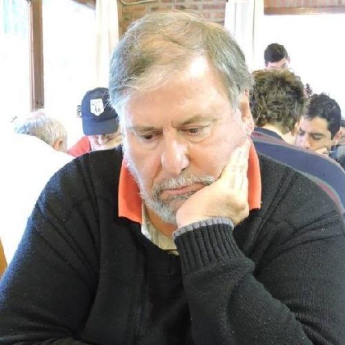 Ajedrez - Pablo Etchepareborda se quedó con la victoria ante Dellapittima.
