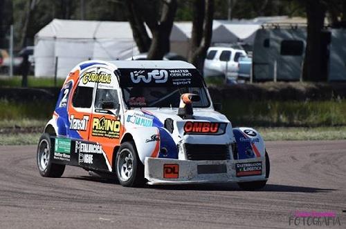 Fórmula 3CV - Nicolas Maestri ganador de las dos finales en el autódromo local.