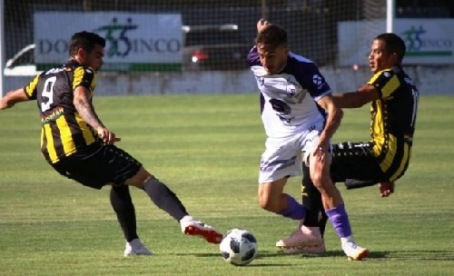 Nacional B - Olimpo cerró el año cayendo en Campana ante Villa Dálmine.