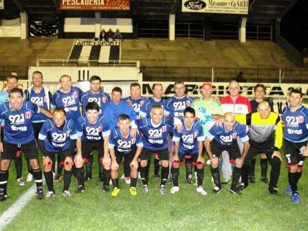Futbol del Recuerdo - Unión Pigüé empató con Boca Juniors.
